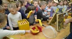 """Mališani o blagodatima meda učili kroz """"Medeni doručak"""""""